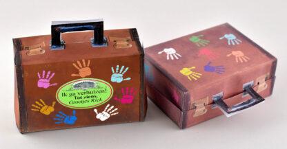 vintage traktatie koffertje met zwaaiende handen