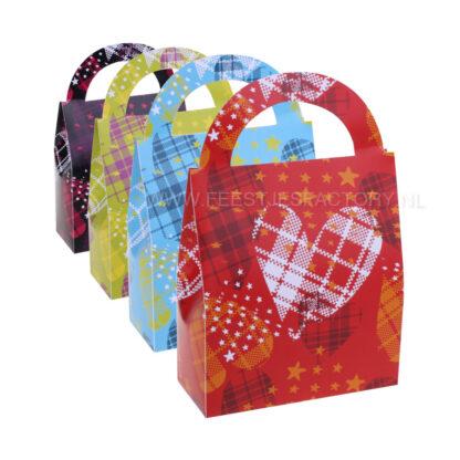 Vrolijke lieve hartjes tasjes met een kleurig hartjespatroon.
