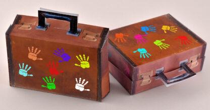 afscheidstraktatie vintage koffertje met zwaaiende handjes